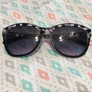 Steve Madden Women Sunglasses